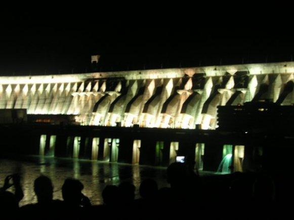 Iluminação hidrelétrica de itaipu