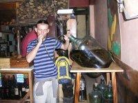 Bebendo cachaça em cuzco
