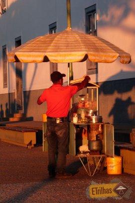 Pipoqueiro na Praça de - Cunha-SP