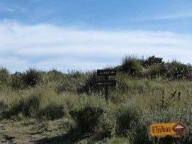 Placa Pedra do Altar na trilhas para Cachoeira da Aiuruoca - Parque Nacional do Itatiaia