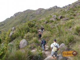 Inicio da subida para o Prateleiras - Parque Nacional do Itatiaia