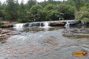 Piscina Superior da Cachoeira véu de Noiva - Senges-PR - Vale do Itararé