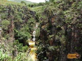 cachoeira-dos-mirantes-dos-canyos-capitolio-mg