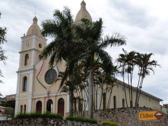 igreja-central-de-capitolio-minas-gerais