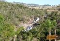 Cachoeira do Pimenta vista da estrada Cunha-SP