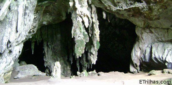 Entrada da Caverna Ouro Preto - Petar